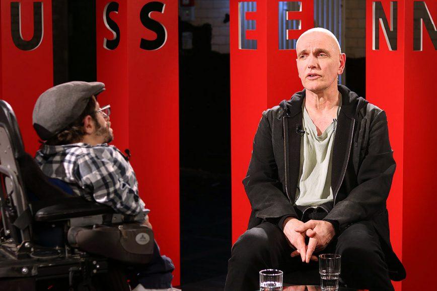 """Hubertus Siegert, Regisseur von """"Die Kinder der Utopie"""" zu Gast bei KRAUTHAUSEN – face to face"""
